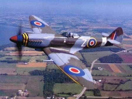 Uno Spitfire in volo